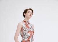 佧茜文夏日最美的穿搭 连衣裙当属第一